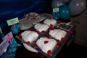 Red Velvet Mini Wedding Cakes